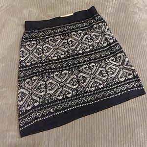 Maurices Sweater Style Skirt Large NWT